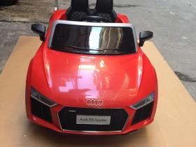 xe ô tô điện trẻ em Audi R8 (2)