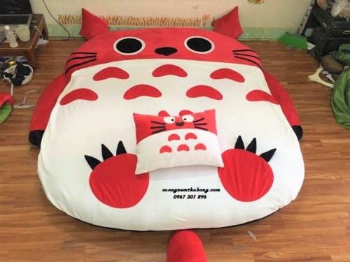 Đệm thú bông hình Totoro NTB 202 (Nhung)