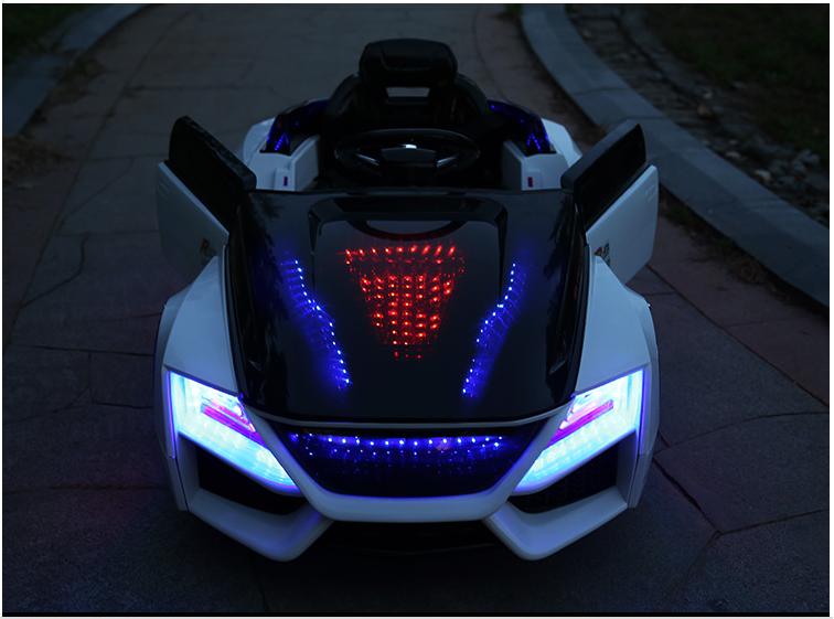 xe ô tô điện Audi R9 cho bé