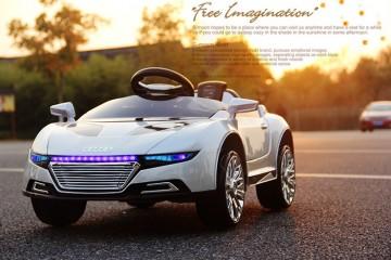 Những mẫu xe ô tô điện cho trẻ em mới nhất