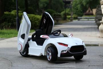 Ưu điểm nổi bật của xe ô tô điện trẻ em?