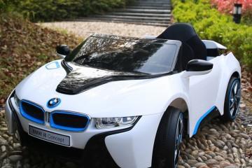 Các mẫu ô tô điện trẻ em cập nhật mới nhất tháng 9/ 2017!