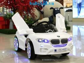 Xe ô tô điện trẻ em PB-803 cánh mở sành điệu