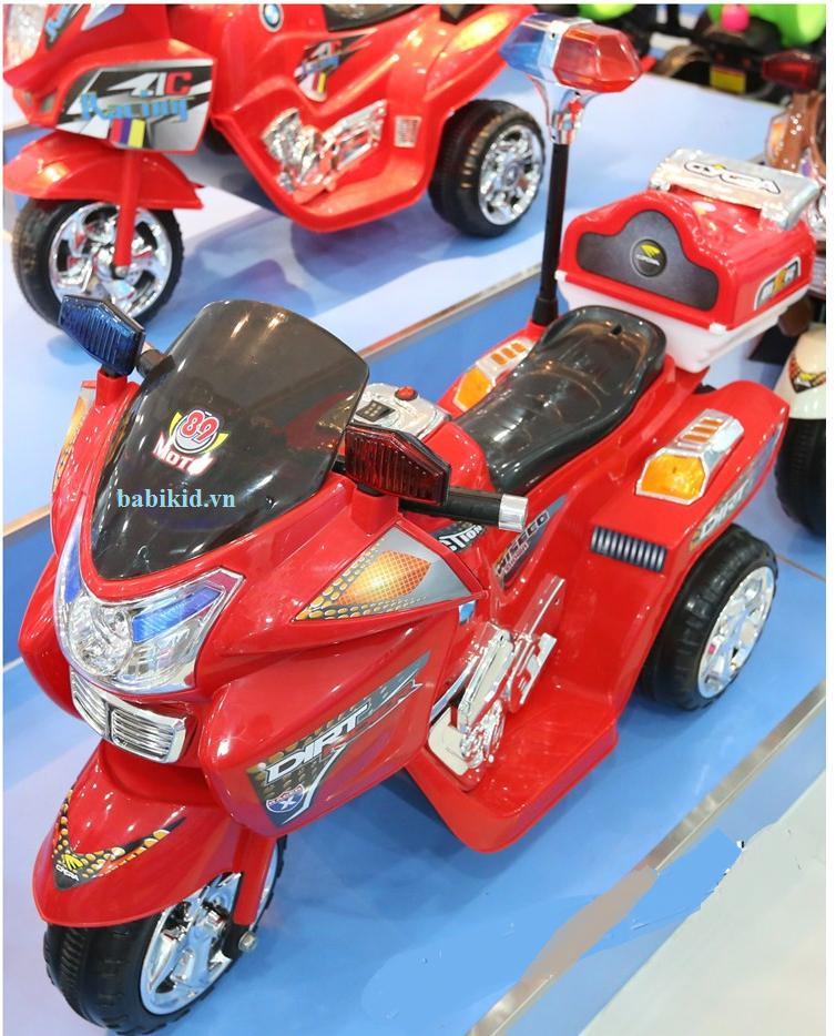 Xe máy điện trẻ em Police 3198 màu đỏ