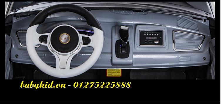 xe-ô-tô-điện-trẻ-em-A-998-bảng-điều-khiển-1