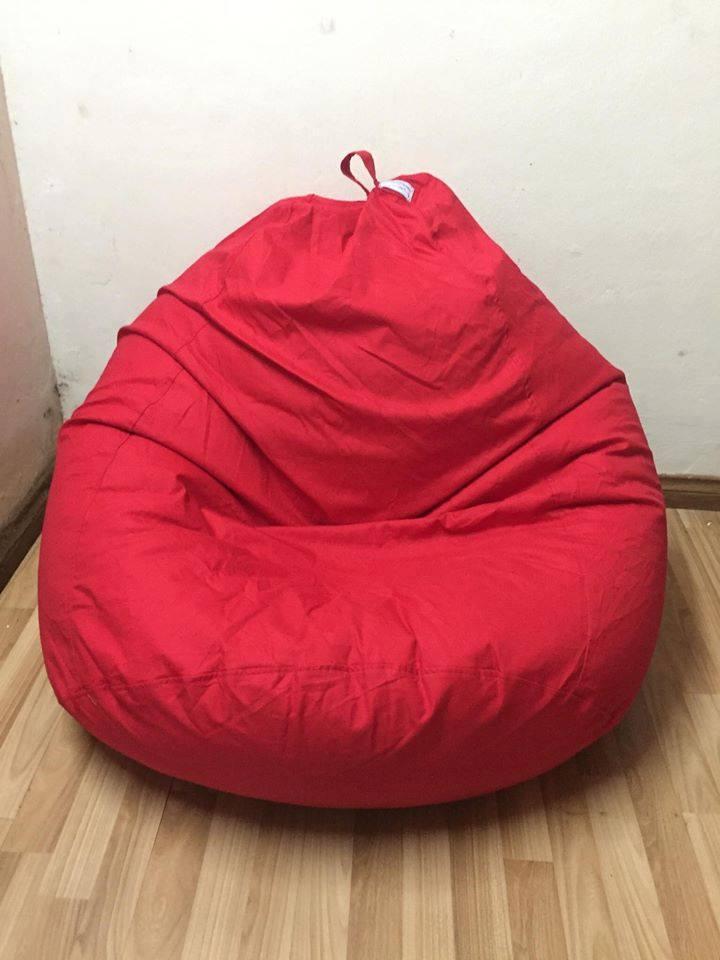 Ghế lười hạt xốp dáng lê chất kaki màu đỏ GL L001