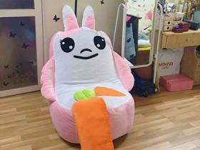 sofa con thỏ