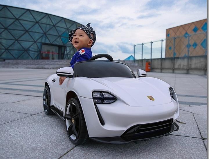 Xe ô tô điện trẻ em FB-S6