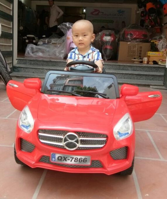 xe ô tô điện trẻ em QX-7866