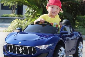 Xe ô tô điện trẻ em có tác dụng đối với bé yêu như thế nào?
