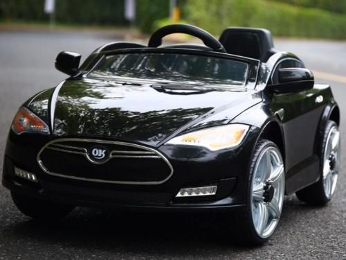 xe-ô-tô-điện-trẻ-em-JE-115-màu-đen1-1-768×681