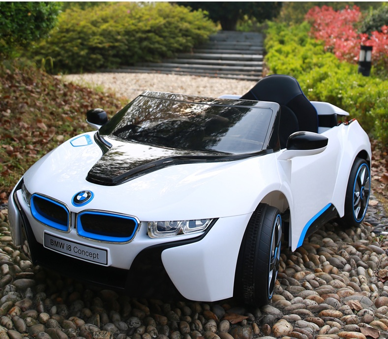 Xe ô tô điện trẻ em BMW i8 ghế thường
