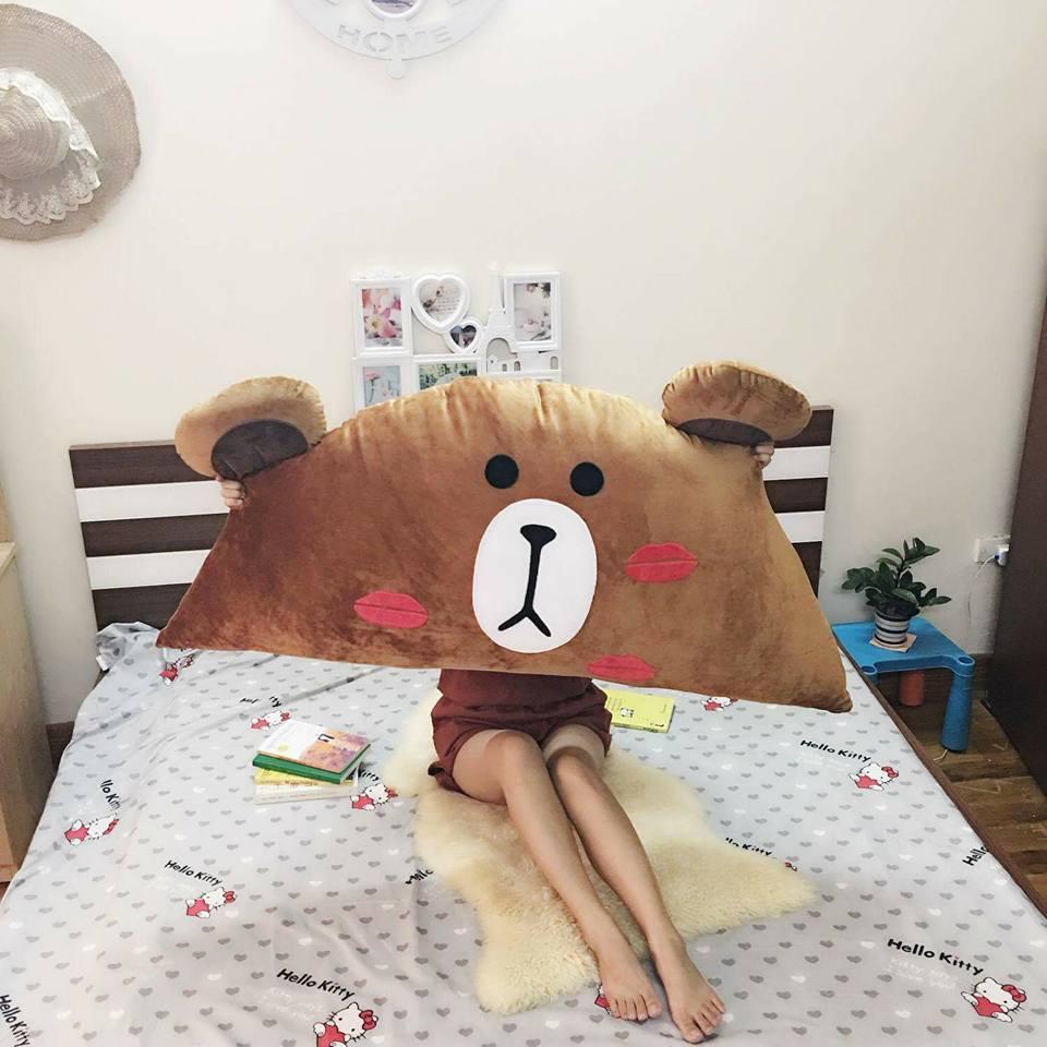 Gối tựa đầu giường hình Gấu Brown Kiss GĐG08
