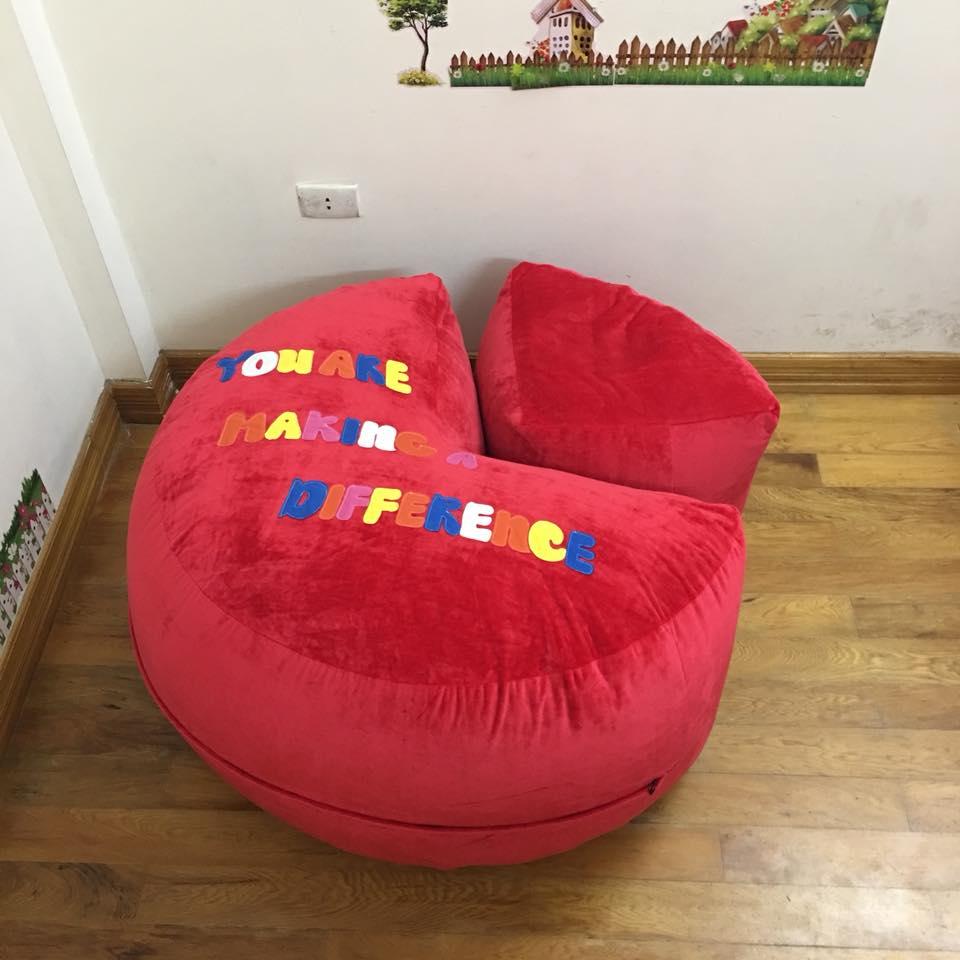 Ghế lười hạt xốp dáng sofa chất nhung màu đỏ GL S097