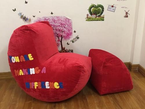 Ghế lười hạt xốp dáng sofa chất nhung màu đỏ GL S097 (3)