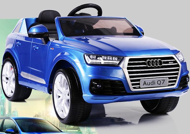 xe ô tô điện trẻ em Audi Q7 xanh