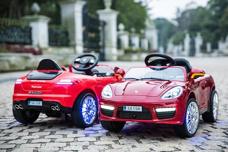 xe ô tô điện trẻ em SX-158 2 xe đỏ và mận chín