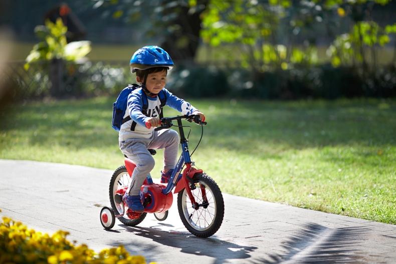Tác dụng tuyệt vời của xe đạp đối với trẻ em