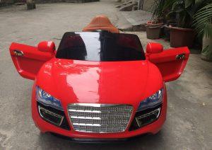 Xe ô tô điện trẻ em K-1 2